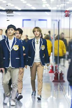 180301 Yugyeom recording for Knowing Bros cr: 200percent_S2