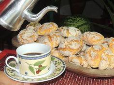 BROINHA DE FUBÁ - YouTube Salsa, Meat, Tableware, Kitchen, Youtube, Couscous, Chicken, Corn Spoon Bread, Foods