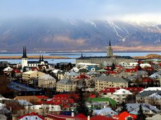 Travel This World: Meeting Your Overly Organized Travel Photography Needs - Reykjavik by day