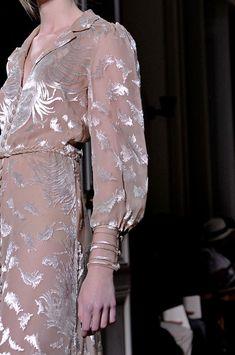 Valentino Fall 2011 - Details