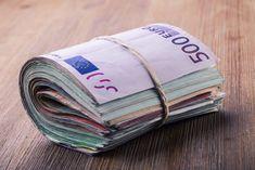 Geldzauber - Dieser Wohlstandszauber ist ein Geldzauber für dauerhaften und ununterbrochenen Wohlstand. Er entwickelt sich mit der Zeit und garantiert dir und deinen Nachkommen finanziellen Erfolg. Weder du noch deine Nachkommen werden jemals unter Armut oder finanziellen Notlagen leiden. Ihr werdet stets vom Überfluss gesegnet sein.