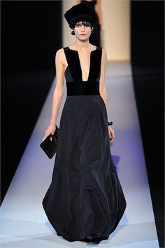 Sfilata Giorgio Armani Milano - Collezioni Autunno Inverno 2013-14 - Vogue