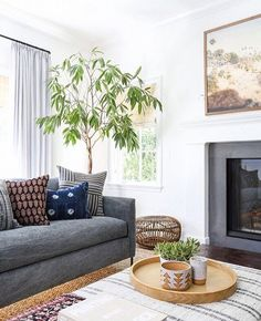 wife | mama of twins | blogger for fun | interior design lover | boston burbs