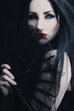 Gothic Woman / Black Dress / Jewelry / Dark Fashion Photography / Gothique Girl // ♥ More at: https://www.pinterest.com/lDarkWonderland/