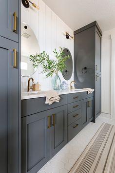 Diy Bathroom, Guest Bathrooms, Bathroom Renos, Bathroom Ideas, Bathroom Remodeling, Remodel Bathroom, Master Bedroom Bathroom, Remodeling Ideas, Budget Bathroom