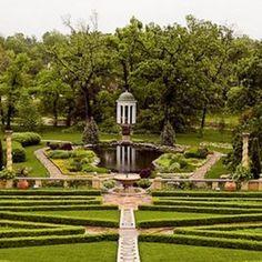 Philbrook Museum gardens and tempietto