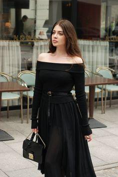 Zara Studio dress, LeBRAND belt (hairy leather), Furla Metropolis bag, Gucci loafers Source by lebrandwarsaw Fashion outfits Girl Fashion, Fashion Looks, Womens Fashion, Stylish Dresses, Nice Dresses, Classy Outfits, Cool Outfits, Fancy Wedding Dresses, Mode Ootd