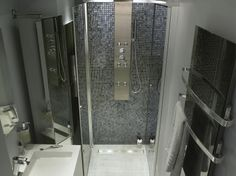 Deco on pinterest merlin showers and shower doors for Douche italienne beige