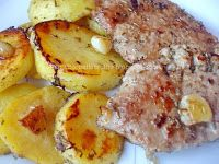 Muşchi felii cu cartofi la cuptor | Rețete BărbatLaCratiță Kefir, French Toast, Cooking, Breakfast, Food, Kitchen, Morning Coffee, Eten, Meals