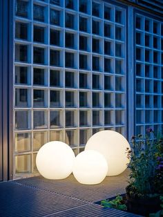 New Die Kugelleuchte Ball ist bei Cairo in verschiedenen Gr en sofort lieferbar Designer Leuchten f r Ihren Garten heute bestellt morgen geliefert