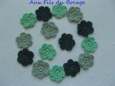Mini fleurs vertes au crochet, lot de 15 en coton, 2.5 cm. : Autres Tricot et Crochet par aux-fils-du-bocage