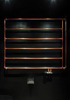 RAUM404 art apart berlin designboom - seche serviette cuivre - salle de bain - bathroom - copper - heated towel rack