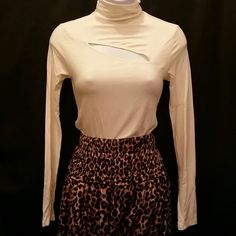 Guess Cut-out Turtle Neck New without tags! Guess Sweaters