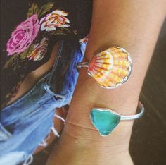 Seashell and Sea Glass Bracelet. Great DIY souvenir for a beach trip.