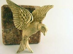 Vintage Bird Brooch Napier Gold by TidBitz on Etsy