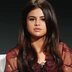 """@selenagomez Selena Gomez talks about her rehabilitation: """"It was really difficult"""" It has been little more than six months since Texas singer Selena Gomez announced her temporary retirement of the stage. The 24-year-old pop star canceled her tour world last September to focus on the emotional and health issues that have been caused by long-standing lupus. As he told Wednesday's series of 13 Reasons Why (Netflix) her voluntary retreat was """"really difficult"""" far more than we imagined. """"In…"""