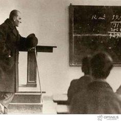 Başta baş öğretmen Mustafa Kemal ATATÜRK olmak üzere tüm öğretmenlerimizin öğretmenler gününü kutlarız.