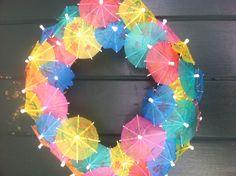 Happy summer!  DIY wreath with little umbrellas.