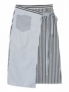 Apron Dress, Dress Skirt, Skirt Fashion, Steampunk Fashion, Gothic Fashion, Half Apron, Gypsy Skirt, Culottes, Jeans