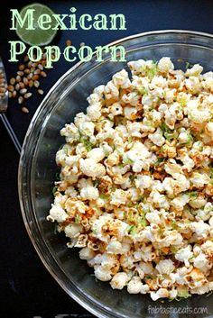 Popcorn recipes for every season. Jazz up your movie night or game night and make your own popcorn using one of these 25 popcorn recipes Best Popcorn, Popcorn Snacks, Flavored Popcorn, Gourmet Popcorn, Popcorn Toppings, Popcorn Bar, Candy Popcorn, Cooking Popcorn, Spicy Popcorn