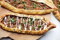 Lamb Recipes, Bread Recipes, Diet Recipes, Cooking Recipes, Bruschetta, Salmon Burgers, Pizza, Lunch, Ethnic Recipes