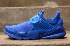 UPDATE: These special Sock Darts are in store today, June 27. Although they feel like a truly global superpower in sportswear, Nike are Portland born and bred and still damn proud of it. We're used to seeing the Swoosh squad drop special releases leading up to July 4th every year, and this year is no …