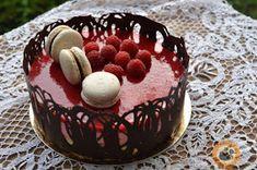 Praliné Paradicsom: Málna & fehér csokoládé torta Cupcake Cakes, Cupcakes, Tiramisu, Mousse, Cake Decorating, Food Porn, Food And Drink, Birthday, Ethnic Recipes