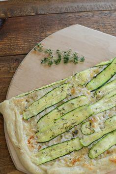 Zucchini and Manchego Pizza