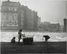 Robert Doisneau - The Coal Gleaners> Canal Saint-Marttin. Alberrvilliers. 1945, Pompidou Center, Paris. THE BLUE LANTERN