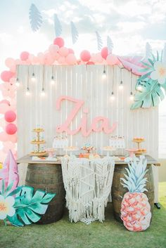Clarifying Easy Secrets Of Awesome Quinceanera Party Decorations - Joy Flamingo Party, Flamingo Birthday, Aloha Party, Luau Party, 13th Birthday Parties, Luau Birthday, Birthday Party Themes, Summer Party Themes, Birthday Ideas
