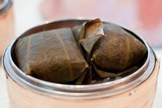 STICKY RICE WRAPPED IN LOTUS LEAVES 糯米雞 | The Essential Guide To Dim Sum For The Chinese New Year
