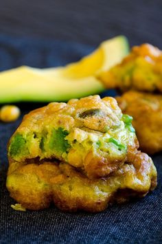 Super tasty fritters loaded with avocado and corn. BEST snack recipe with avocado. Gluten-free too! | http://giverecipe.com