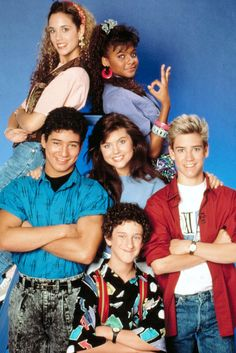 """Time out — just like Zack Morris used to say when he wanted to freeze time on the awesome teen sitcom """"Saved by the Bell."""" Can we please talk about the fact that Zack, Kelly Kapowski, Jessie Spano, and … Continue reading → Lisa Kelly, 90s Childhood, My Childhood Memories, Just In Case, Just For You, Party Fiesta, 90s Girl, Saved By The Bell, Pierce Brosnan"""