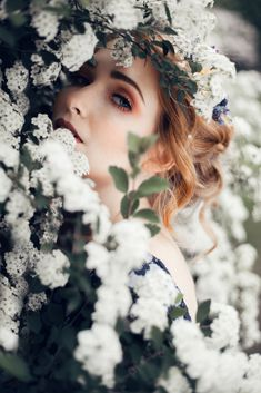 Model Photo Shooting flowers spring flowercrown by FLEURISCOEUR cherryblossoms snowball romantic make-up