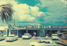 Vintage Panama City Beach loved playing here as a child. Old Florida, Panama City Beach Florida, Vintage Florida, Panama City Panama, Vacation Memories, Vacation Spots, Costa, Bay County, Places