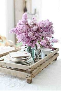Incorporate tray into centerpiece and lilacs in blue Ball jar