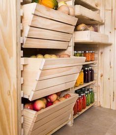 How to Customize Your Root Cellar Storage! Keep your produce fresh and organized with by building a root cellar storage system fit to your space. Also try this storage system in your pantry, garage or other space. Hobby Farms, Diy Storage, Storage Ideas, Storage Bins, Kitchen Storage, Diy Kitchen, Pantry Storage, Fruit Storage, Kitchen Pantry