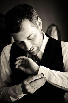 style me pretty - real wedding - new york - queens wedding - metropolitan building - groom - groom - getting ready - cufflinks