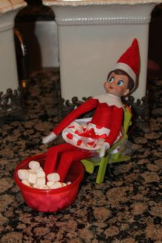 Elf on the Shelf pedicure. This is just too cute!