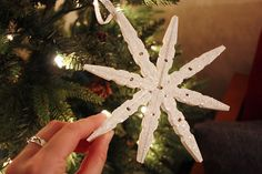 Clothespin Snowflakes-Small Home Big Start