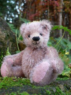 Handmade teddy bear by Lisabears