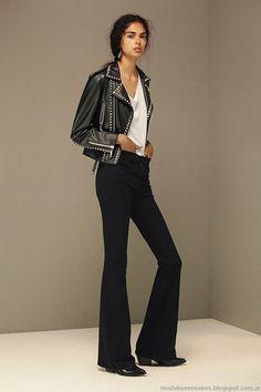 Casual Chic, Chic Business Casual, Fashion Pants, Boho Fashion, Fashion Outfits, Flare Jeans Outfit, Minimalist Fashion, Autumn Winter Fashion, Korean Fashion