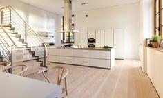 Offene Küche mit Dinesen Douglasie Dielenboden