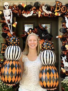 Halloween Food Crafts, Halloween Porch, Halloween Items, Outdoor Halloween, Diy Halloween Decorations, Halloween Pumpkins, Fall Halloween, Fall Decorations, Halloween Yard Ideas