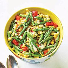 Asparagus, Jicama, Red Pepper and Corn - Calories per Serving: Makes: 8 cups, Active Time: 20 minutes, Total Time to Make: 20 minutes Asparagus Salad, Feta Salad, Salad Bar, Roast Asparagus, Avocado Salad, Corn Recipes, Vegetable Recipes, Beef Recipes, Ham Dinner