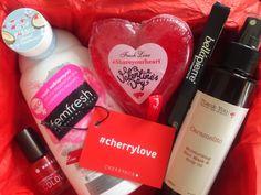 Ένα αγαπησιάρικο κερασένιο κουτάκι μόνο για σένα! ... #cherrylove