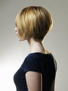 Coiffure courte : Coupes de cheveux courts pelo corto propuesta de Le Salon d'Apodaca #lesalondapodaca #pelo #peluqueria #malasaña #hairstyles #hair