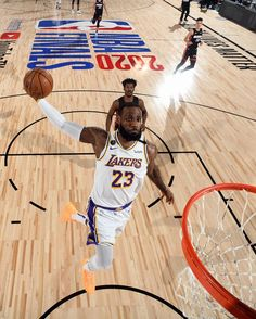 "• #WholeNewGame • on Instagram: ""DUNKMAN! 📸: @adbphotoinc & @natlyphoto"" Los Angeles Lakers, Lebron James Lakers, Bill Russell, Miami Heat, Nba Basketball, Cleveland, Fun, Instagram, Nba Champions"