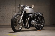 Evolution Motorsports 1976 Honda CB750. I miss mine but this is a beautiful example
