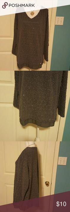 Nice sweter Gorgeous sweater in very good conditions Apt. 9 Sweaters